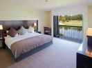 Luxury accommodation New Zealand South Island Lake front Suite