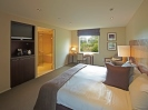 Contemporary accommodation in Golf resort Christchurch