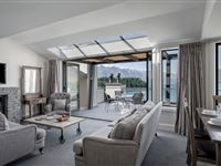 4 Bedroom Lakeview Apartment - Peppers Beacon Queenstown